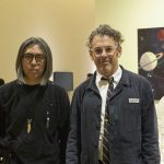 藤原ヒロシ × トム・サックス 対談|パンク精神で叫ぶ、ハンドメイドなアート