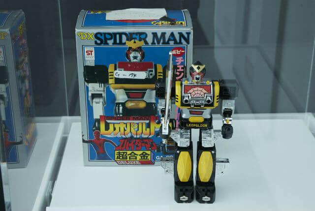 1978年に東映が制作した「スパイダーマン」に登場した巨大ロボット・レオパルドン。日本におけるマーベルカルチャーを語るうえでは欠かせないキャラクターだ。©2017 MARVEL
