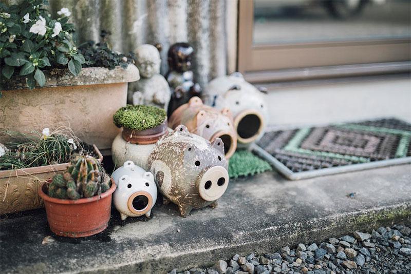 菰野町|三重県の松尾製陶所の蚊遣り豚