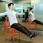 TOTAL Workoutトップ・トレーナーに学ぶ、オフィスや自宅で道具無しでできる簡単筋トレ