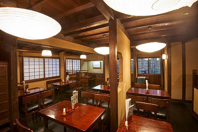 大坂屋虎ノ門砂場(オオサカヤトラノモンスナバ)